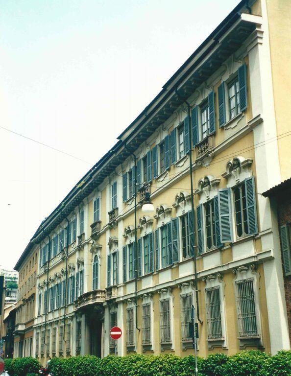 2000 Palazzo Bolagnos Viani Visconti di Modrone a Milano